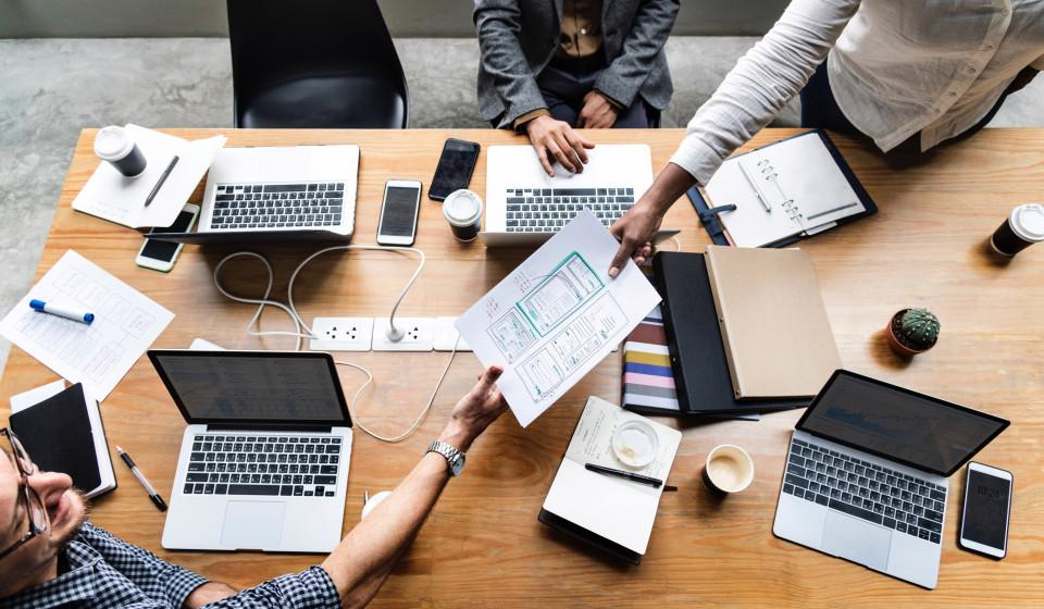 Online project management makes sense for companies with ten or more employees